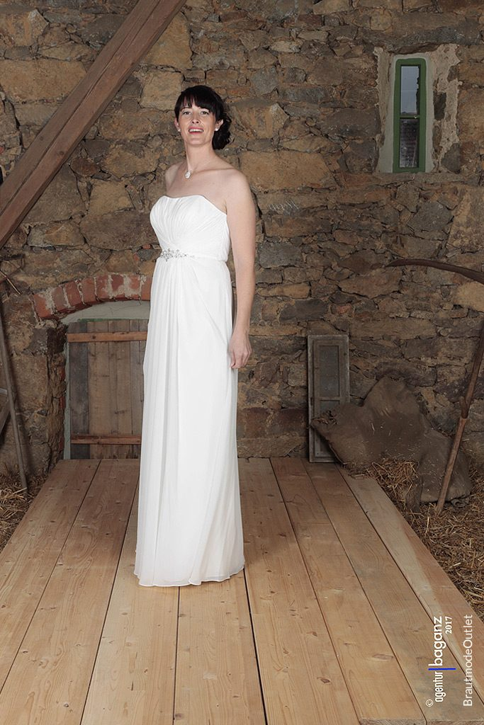 BrautmodeOutlet Bautzen Outlet Brautmode schmale Brautkleider