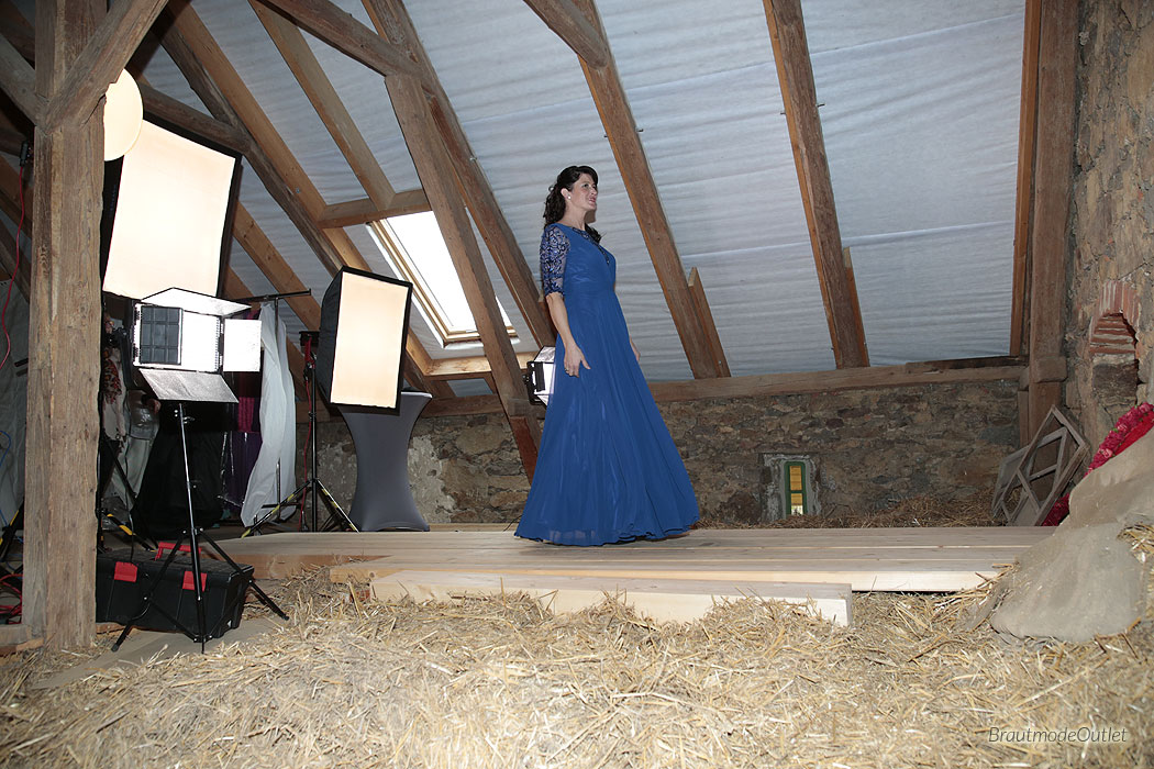 BrautmodeOutlet Bautzen Outlet Brautmode Making of Fotoshooting Abendkleid