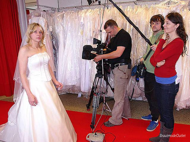 BrautmodeOutlet Bautzen Outlet Brautmode TV-Produktion RTL2 2013