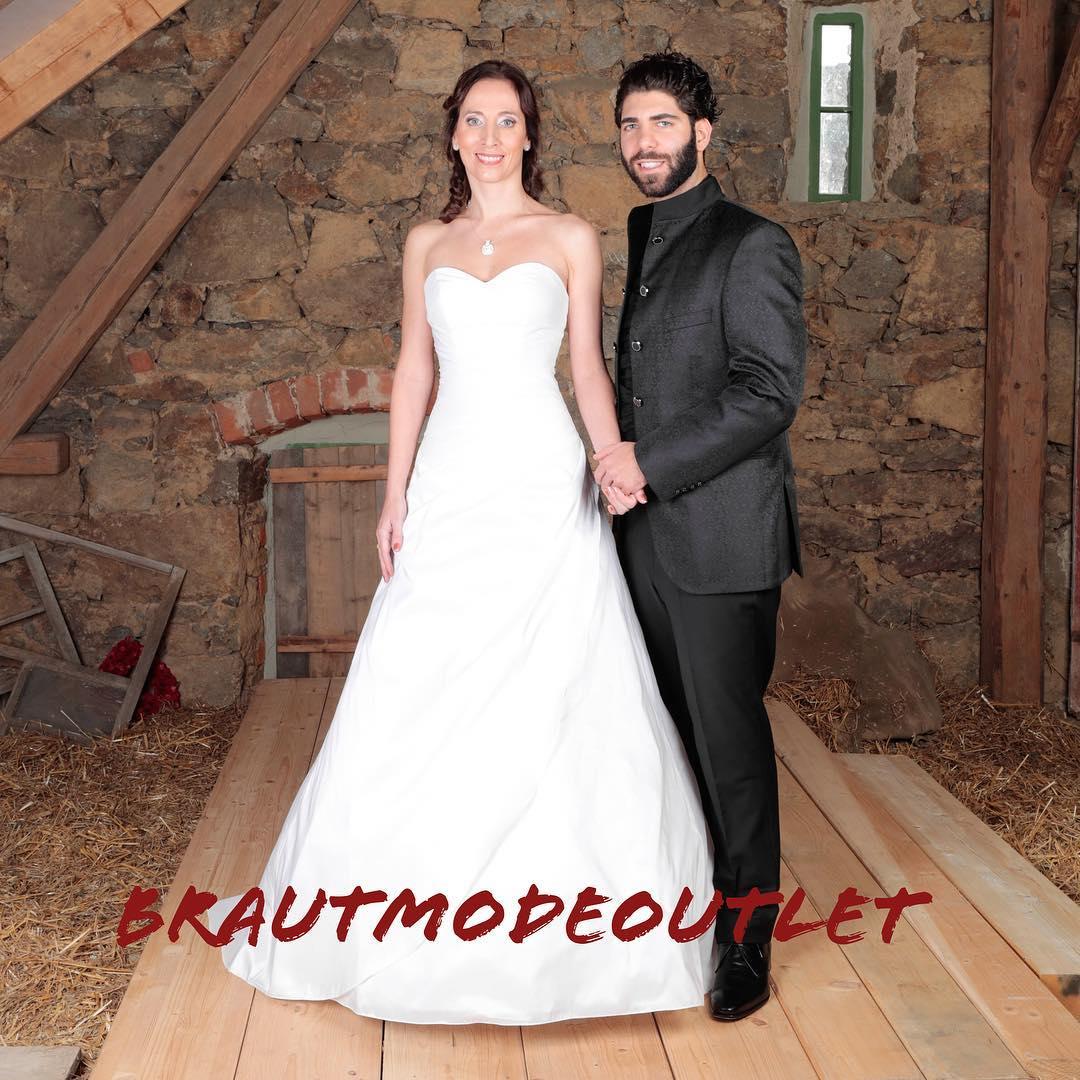 BrautmodeOutlet Bautzen - Brautmode-Discount.de Capitain Outlet GmbH