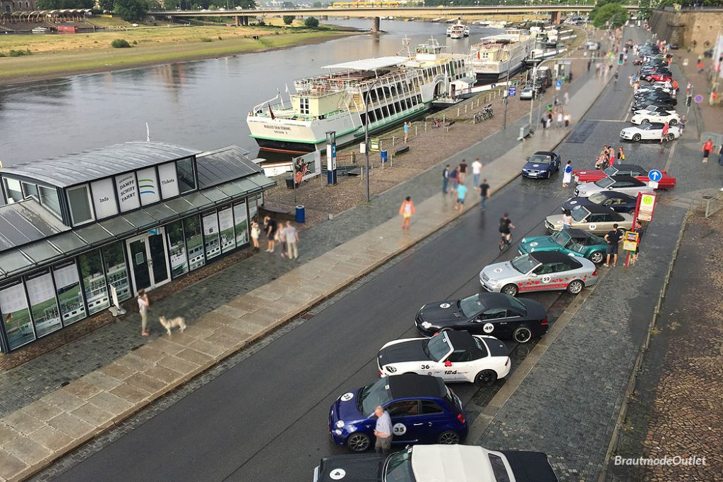 MOPO Rallye 2018 BrautmodeOutlet Cabrio Elbufer Schiffe